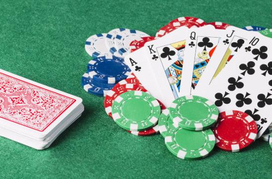 come scommettere nel poker